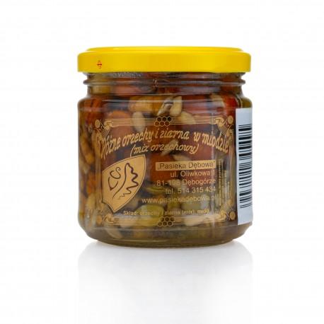 Różne orzechy i ziarna w miodzie (mix orzechowy)