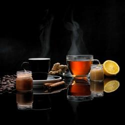 Kremy miodowe do kawy i herbaty.